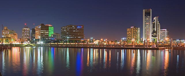 corpus_christi_shoreline_night.482646_std